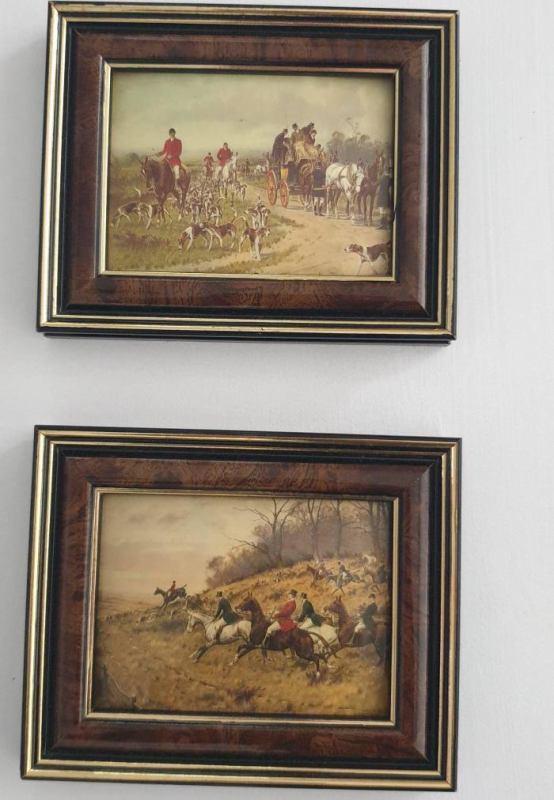 Il ne s'agit ni d'estampes ni d'œuvres originales sur toiles, mais de plaques émaillées.